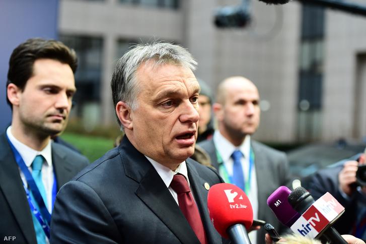Orbán Viktor a brüsszeli csúcstalálkozó után nyilatkozik a sajtónak, 2016. február 18-án