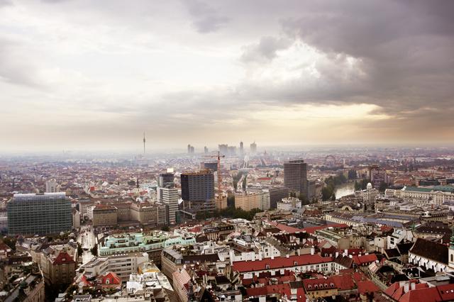 Bécs, ahogyan a Stephansdom tetejéről látszik