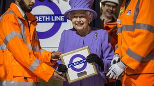 Erzsébet királynő annyira vagány, hogy a saját metróvonalához öltözött