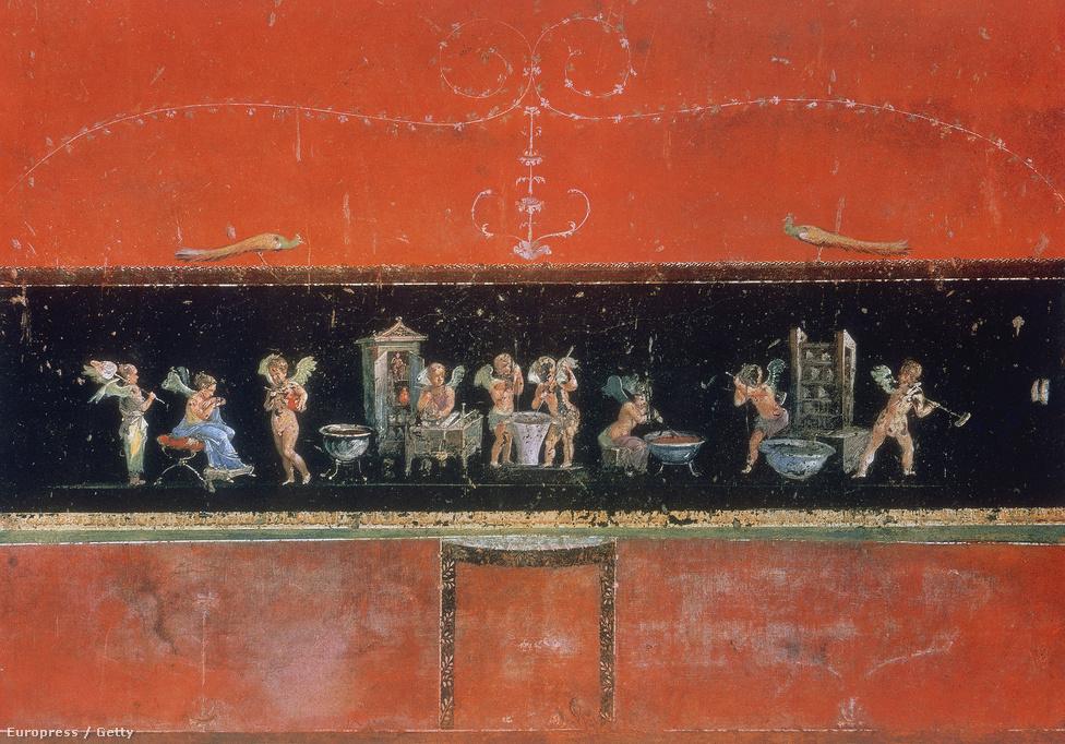 Kupidószerű figurák aromás olajakat készítenek egy Pompeii-ben talált ház freskóján.