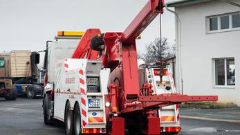 Így építs magadnak kamionmentőt