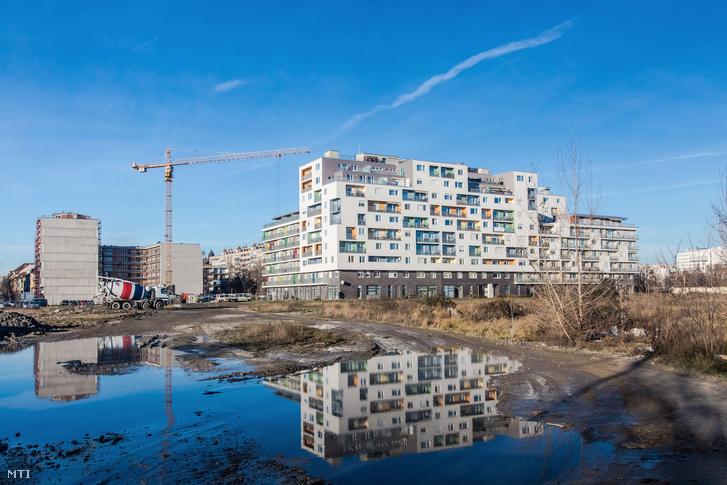 Új modern színes városnegyed épül a Vágóhíd Mester és Máriássy utcák által határolt területen a fõváros IX. kerületében.