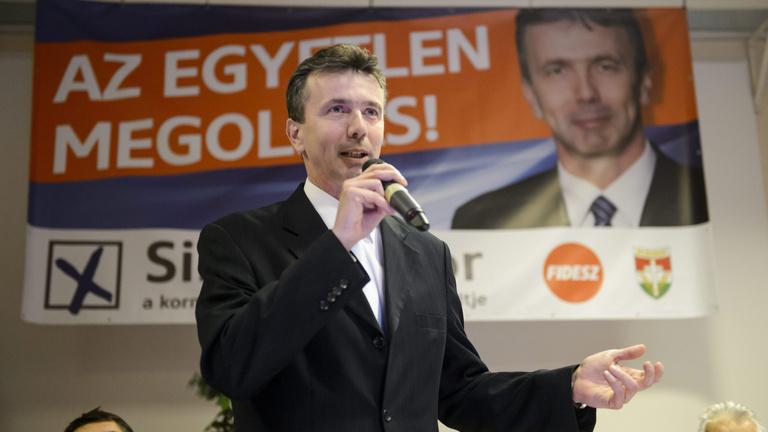 Pofont vagy simogatást kap a Fidesz Salgótarjánban?
