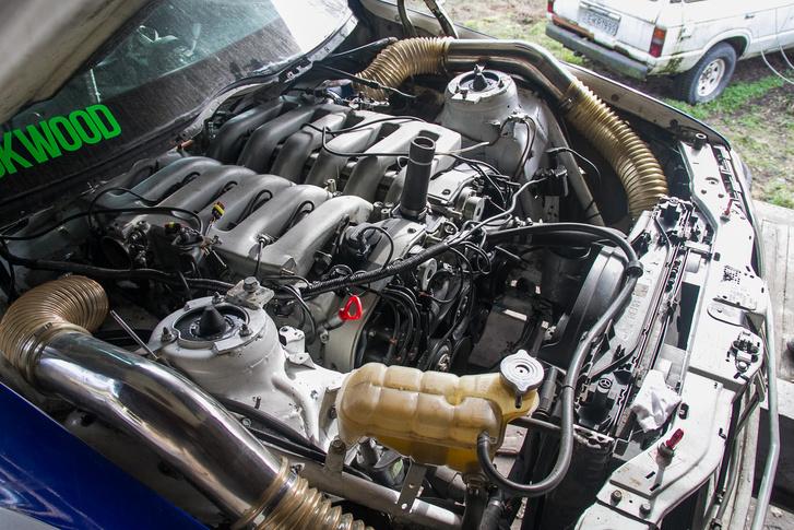 Úgy ment be a hatliteres motor, hogy előtte még van vagy húsz centi hely