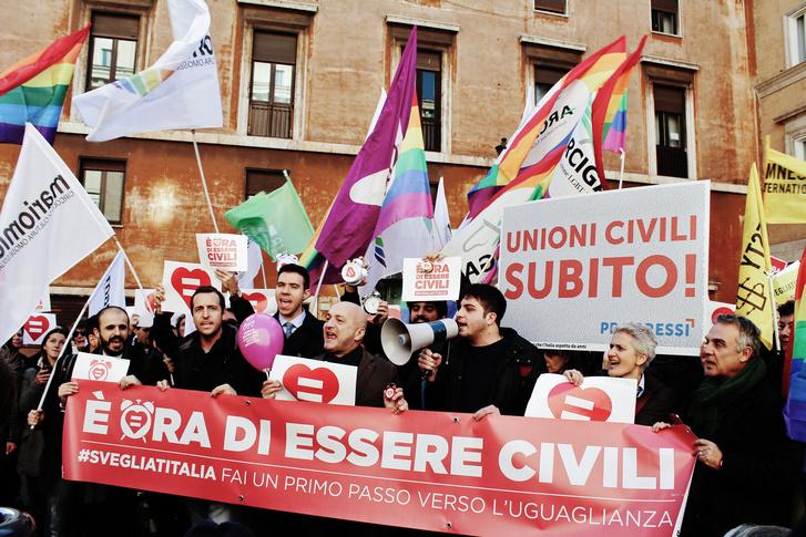 Ébredj, Olaszország! - a kampány szlogenje, január 28.