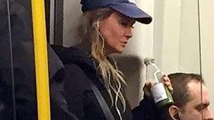 Renee Zellweger Bridget Jonesként tömegközlekedett Londonban