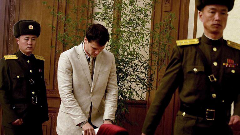 Észak-Koreában fogva tartott amerikai diák ismerte el államellenes bűnét