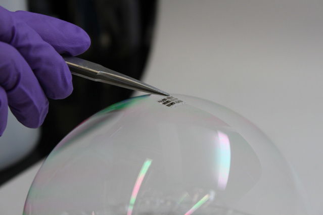 MIT-Ultrathin-Solar 0
