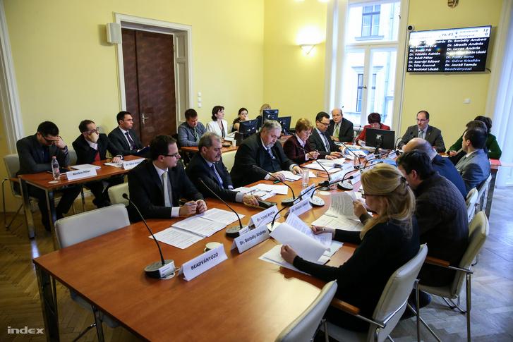 A Nemzeti Választási Bizottság ülése, 2016. február 29-én.