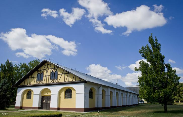 A mezőhegyesi gazdaság egyik épülete