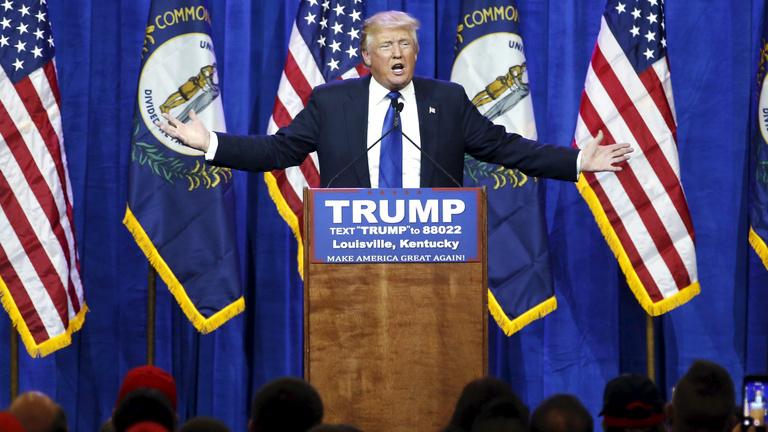 Clinton és Trump menetel a jelöltség felé