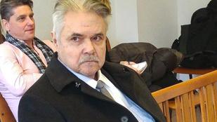 140 óra közmunkát kapott Oszter Sándor az ittas vezetés miatt