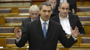 Kiiktatná a parlamenti kontrollt a kormány a költségvetési költésekből