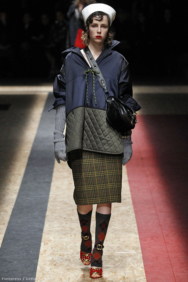 Így öltöznek majd a milánói gazdagok a Prada szerint.