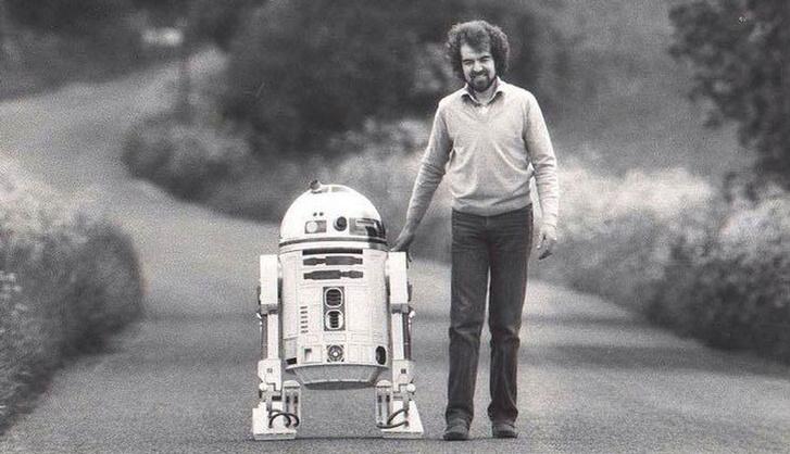 R2-D2 845x485p