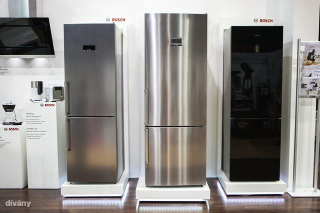 A középső hűtőt majd felokosíthatja, de kifejezetten nagyon okos sosem lesz. 430 ezer forintba kerül most.