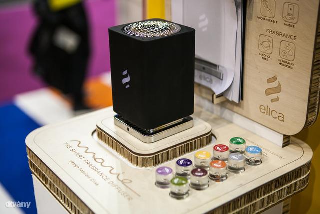 Íme az okos illatosító. Távirányítóval működik és USB-n tölthető 25.990 forintért.