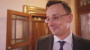 Feltettünk egy divatos kérdést a külügyminiszternek