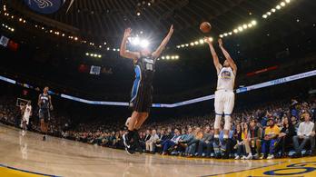 Curry átlépte a hárompontos álomhatárt