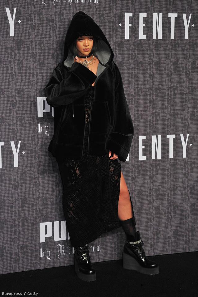 Ilyen zordan öltözünk majd Rihanna szerint 2016-ban.