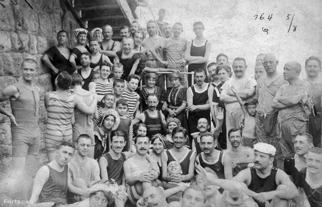 Fürdőzők Abbáziában 1903-ban