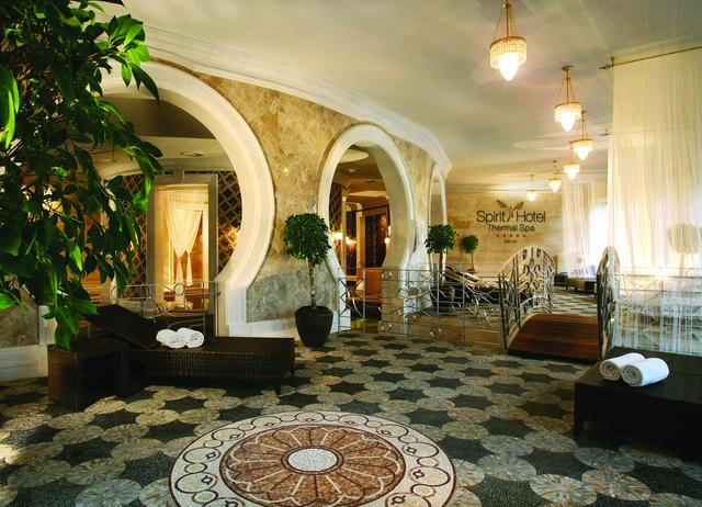 A Spirit Hotel gyógyfürdője