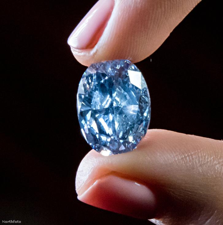 tk3s iimages jn bluediamond sothebys-006
