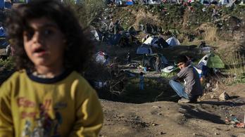 Kémek háborújává fajult a menekültválság