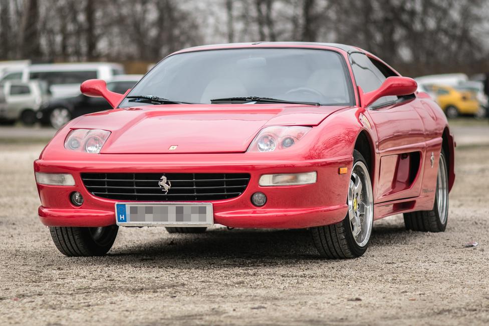Hiszem, hogy egyszer eljön a nap, amikor Ferrari F355-ből készítenek Toyota MR2-replikát. De addig is...