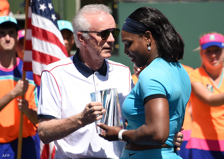 Moore és Serena Williams