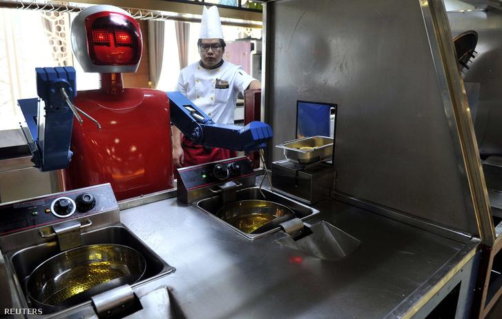 Robot egy kínai étteremben