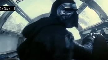 Kylo Ren járt a Millennium Falconban!