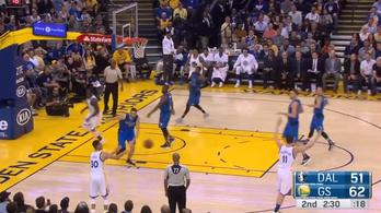 Curry nagyon hülye helyzetbe hozta csapattársát