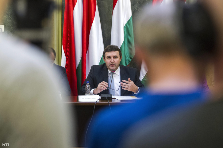 Palkovics László oktatásért felelős államtitkár