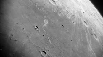 Lávacsövekbe építhetünk városokat a Holdon