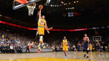 Már csak ez hiányzott az NBA-nek: Curry elkezdett zsákolni is