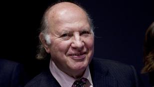 Elhunyt Kertész Imre Nobel-díjas magyar író