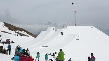 Már a snowboardosok is kiugranak a világból
