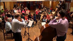 Ingyen koncertezik rászorulóknak a Budapesti Fesztiválzenekar