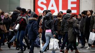 Kuponozás egész hétvégén, akciós babaholmik, és még házi kedvencének is olcsóbban vásárolhat