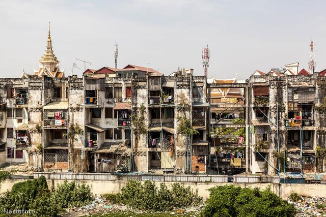 Nemrég még a modern élet egyik mintapéldájaként tartották számon a kambodzsai White Building (Fehér Ház) néven ismert komplexumot.