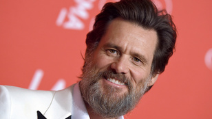 Jim Carrey be is léphetne egy indie folk zenekarba
