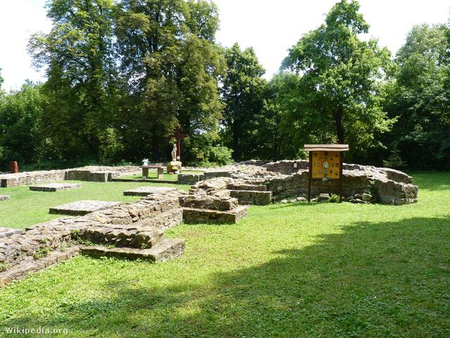 Ruins of Budaszentlőrinc Pauline Monastery 02