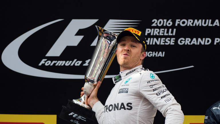 Háromból három: Rosberg nagyon simán nyert Kínában