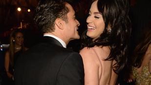 Katy Perry és Orlando Bloom a rajongók előtt smároltak