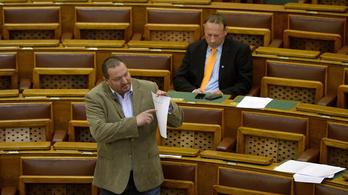 A Fidesz totális támadást indított a Political Capital ellen