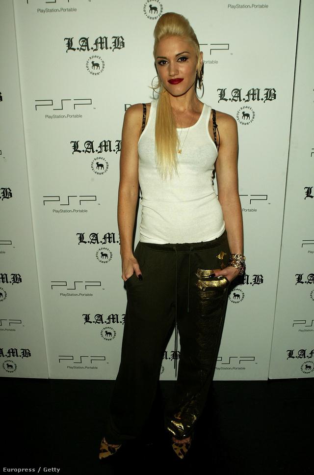 Gwen Stefani a Lamb by Gwen Stefani néven futó márkájának bemutatóján jelent meg atlétában 2006 szeptemberében.