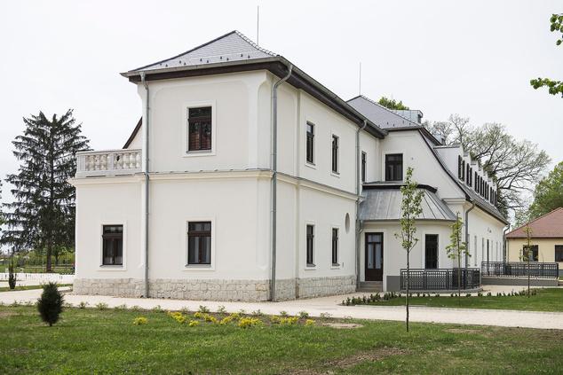 A felújított Kállay-kúria Kállósemjénben