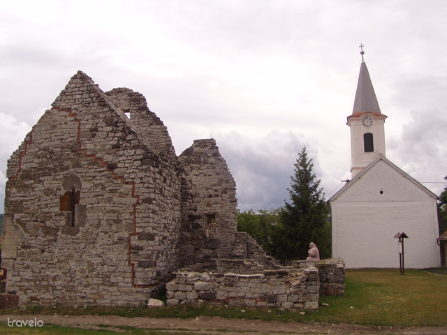 Felsődörgicse, a környék vélhetően első keresztény temploma a 11. századból