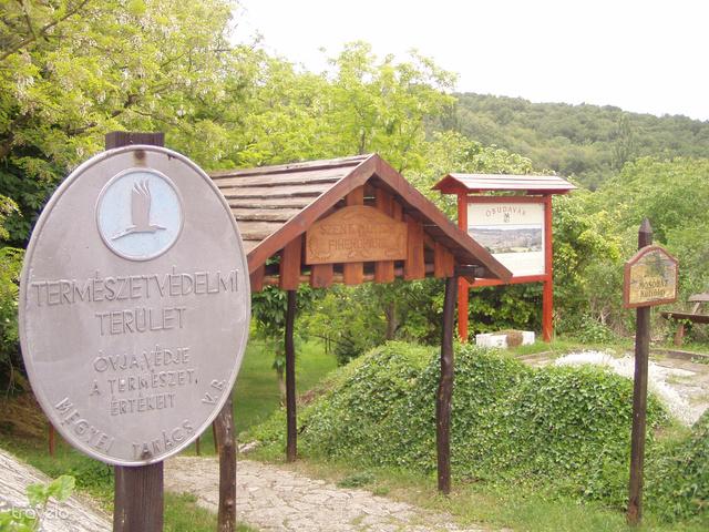 Óbudavár, pihenőpark bejárat